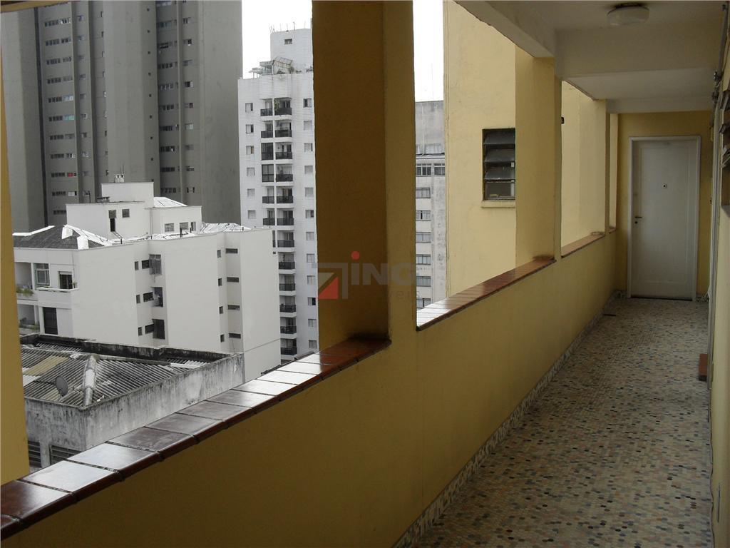 negócio de ocasião.apartamento em excelente localização, próximo a restaurantes, bares, supermercados, bancos e metro.possui um dormitório,...