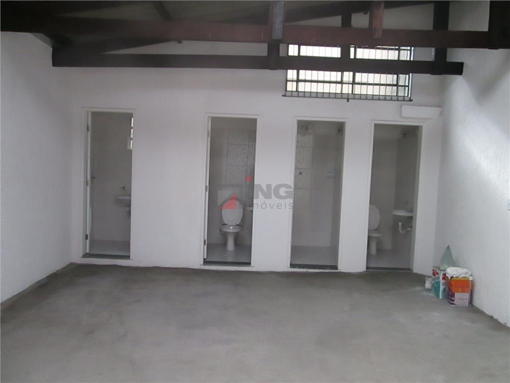 excelente galpão para venda ou locação todo reformado. 700 m² (13x54); pé direito de 5 metros;...