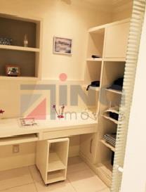 excelente apartamento para venda, todo mobiliado e finamente decorado. padrão americano com 02 dormitórios; 01 banheiro...