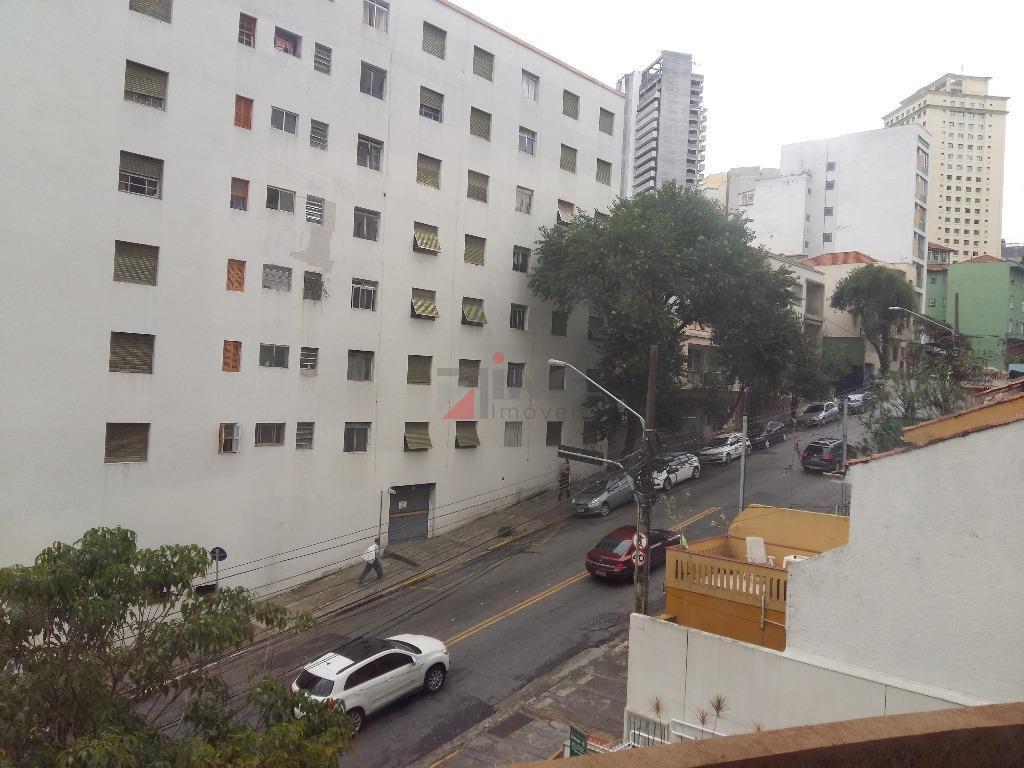 o edifício ferreira de souza está localizado na região paulista da cidade de são paulo; possui...