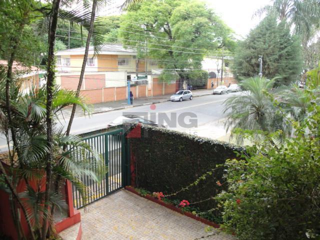 excelente sobrado na vila madalena, próximo a praça coronel custódio f. pinheiro.são 580 m² de área...
