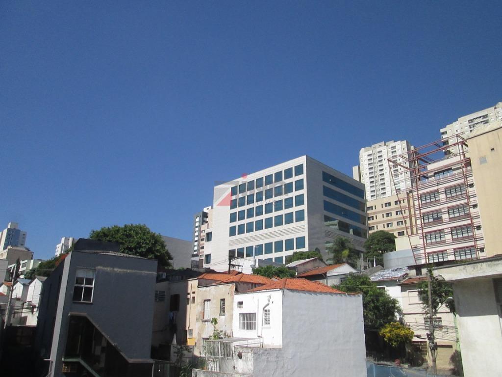 apartamento para locação no paraíso, a 10 minutos da estação do metrô.são 70m² á.ú; sala 02...