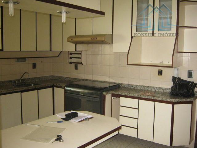 Apartamento para locação de 110 m² no Bairro Santa Maria em São Caetano do Sul.