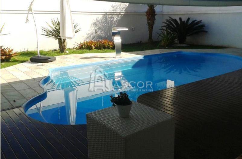 Ascor Imóveis - Casa 4 Dorm, Santa Mônica (CA0115)