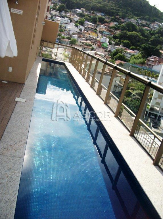 Apartamento com uma Suíte, um Home-office muito bem localizado, Centro, Florianópolis.