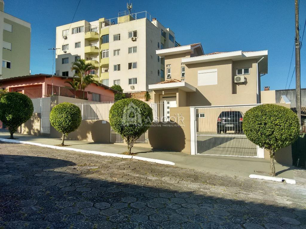 Im�vel: Ascor Im�veis - Casa 2 Dorm, Coqueiros (CA0171)