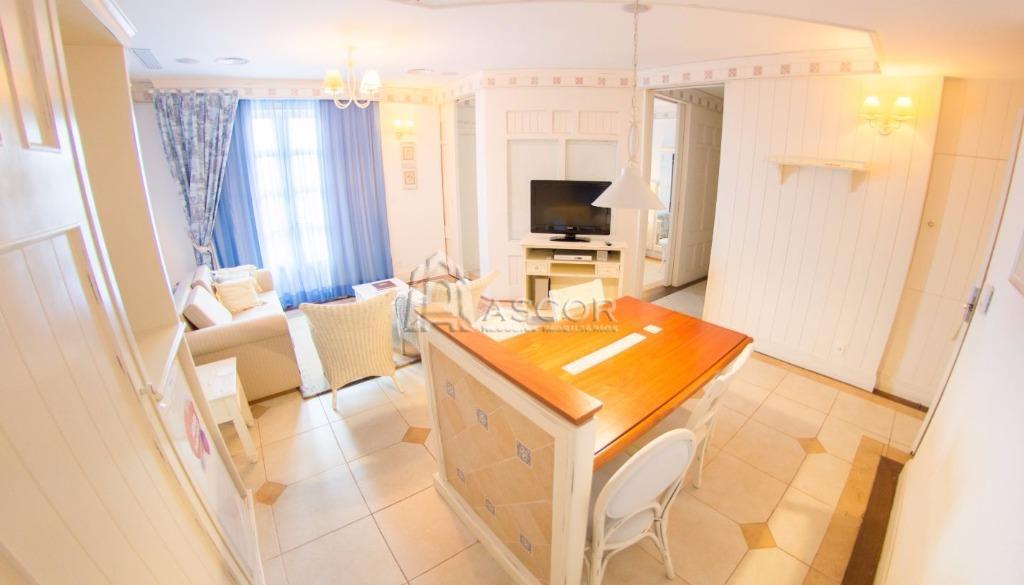Apartamento  à venda no Il Campanário Resort, em Jurerê Internacional.
