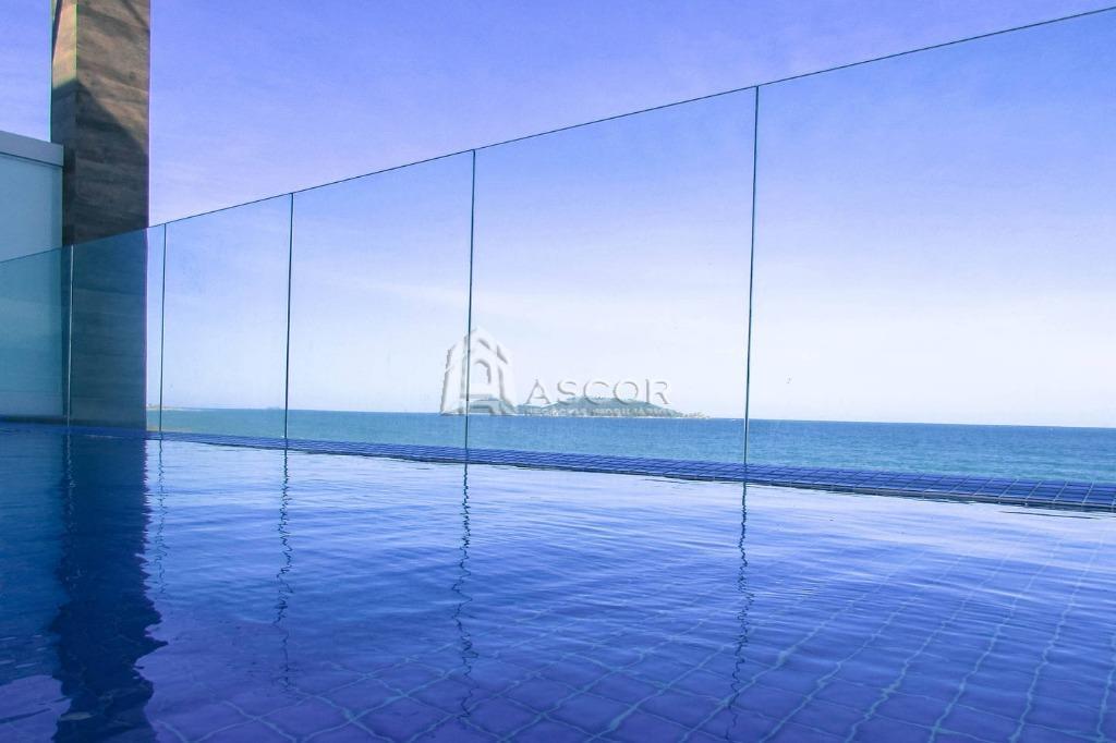 Apartamento frente mar e pé na areia. Pronto para morar, vista deslumbrante do mar e Ilha do Campeche. Melhor unidade do empreen