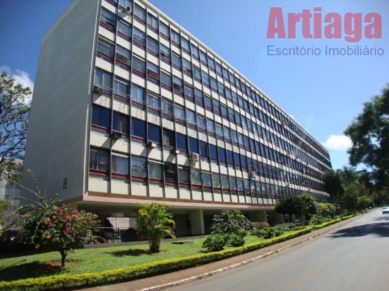 Excelente Apartamento residencial para locação, na sqs 111 bloco C Asa Sul, Brasília.