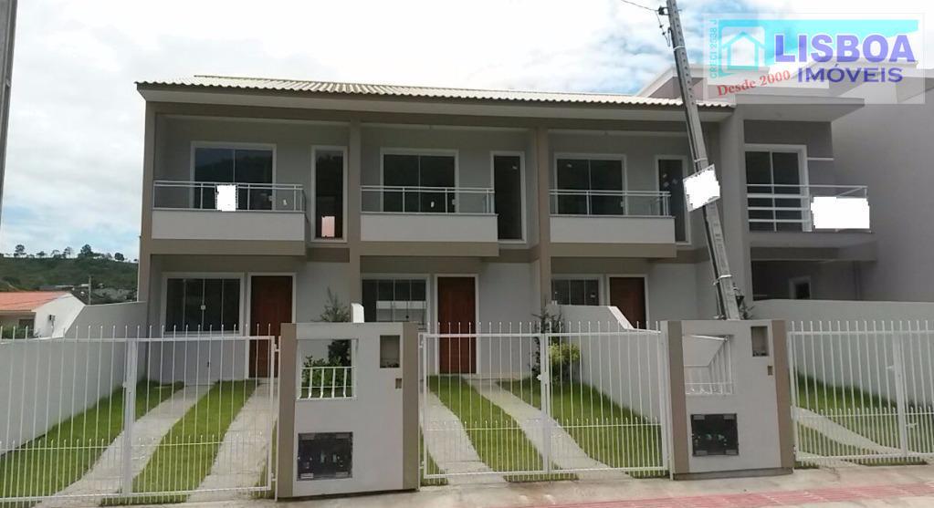 Sobrado residencial à venda, Loteamento Manoel de Melo, São José.
