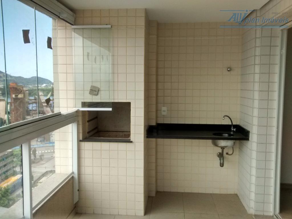 Apto 2 suites, varanda gourmet, 02 vagas, prédio com área de lazer completa, no bairro da Ponta da Praia.