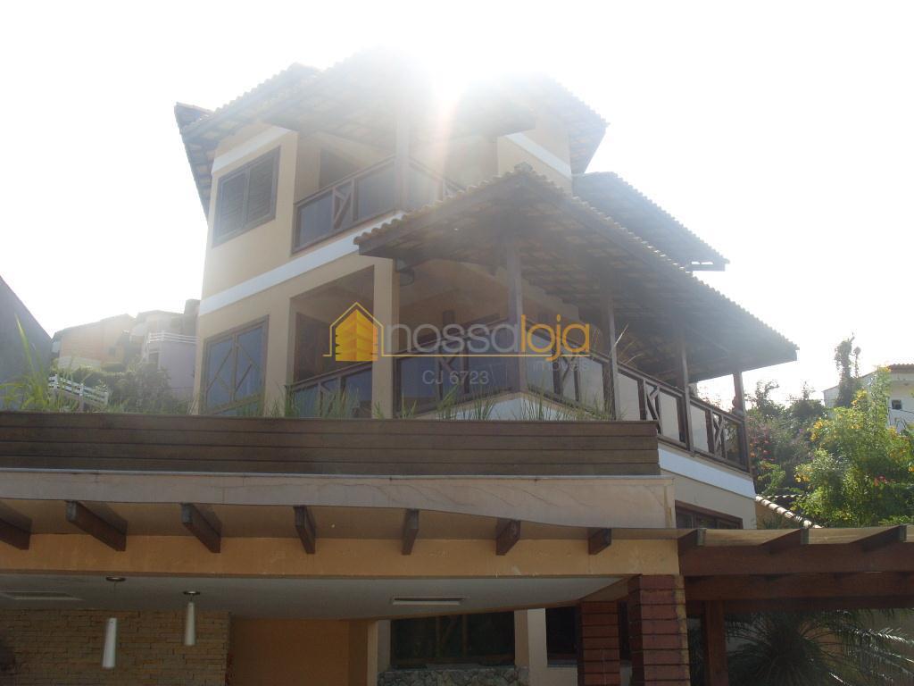 Excelente casa triplex em Camboinhas! Oportunidade única!