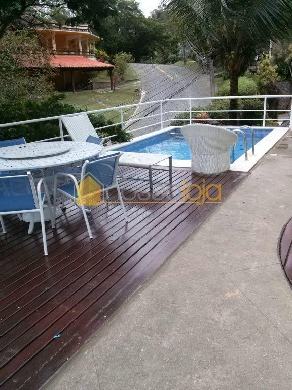 Linda casa em condomínio fechado em Itaipú