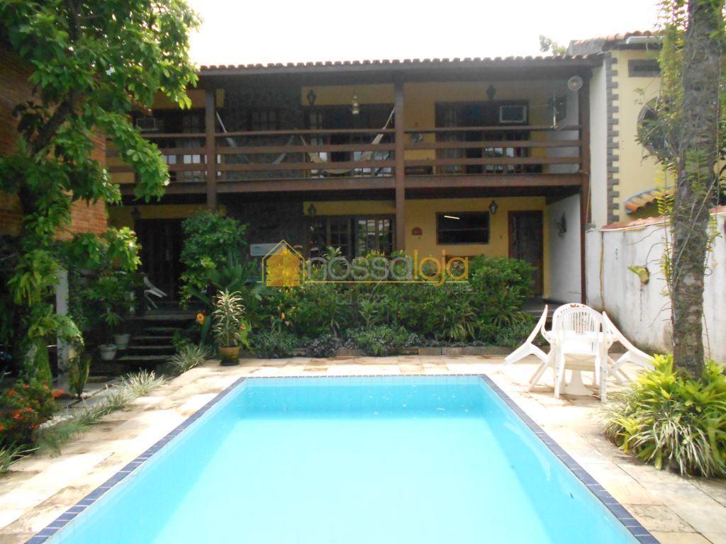 Casa 4Qts 3 Sts 2Closets 4Vgs com Piscina à Venda, Itaipu, Niterói.