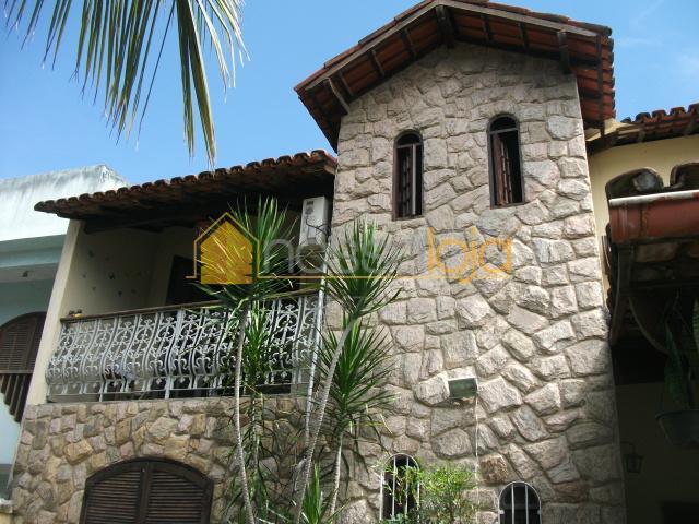 Casa residencial à venda, Itaipu, Niterói.