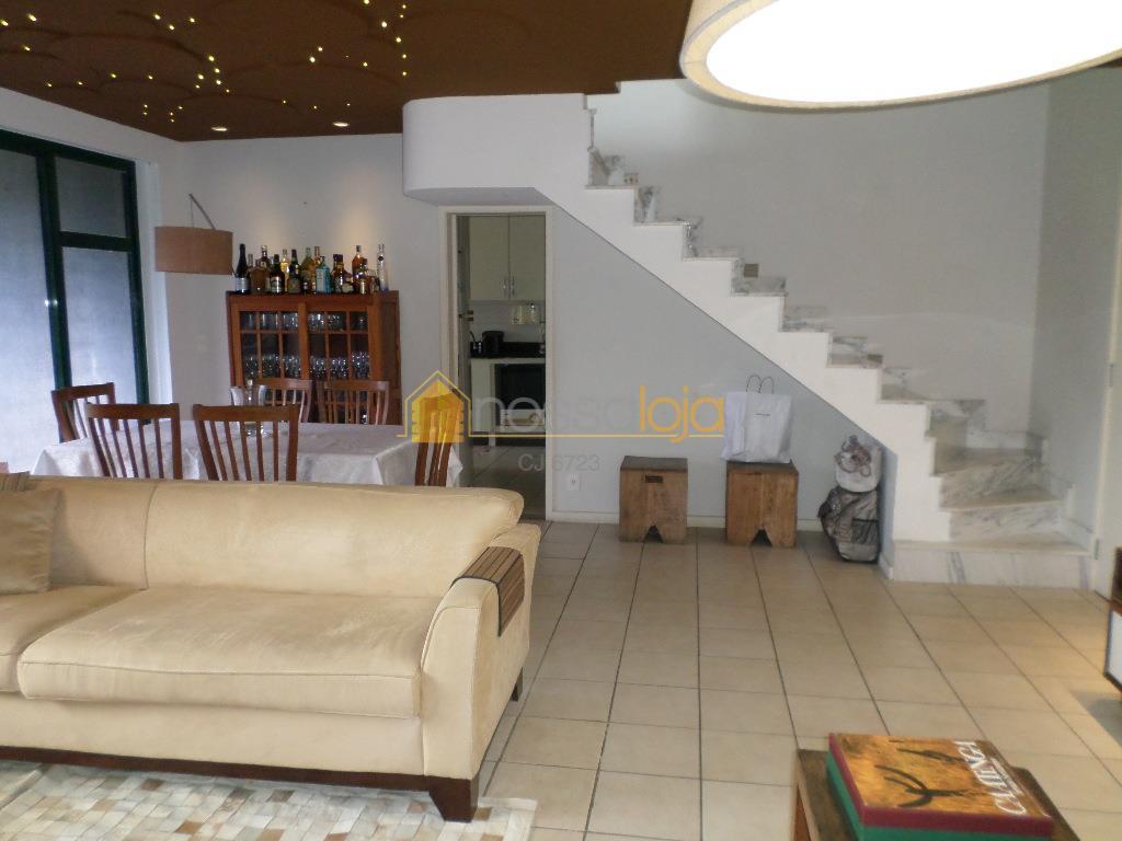 Excelente Cobertura residencial para venda ou locação no Pé Pequeno, Niterói.