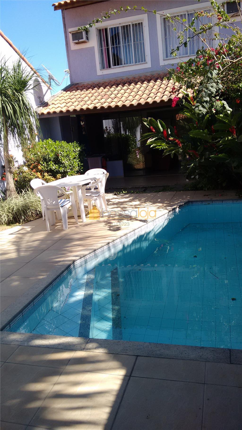 Piratinga - Maralegre - Casa Duplex - 3 Quartos - 1 Suite - Varanda - Piscina - Churrasqueira - 2 Vagas