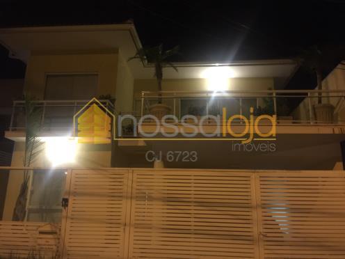 Casa residencial à venda, Camboinhas, Niterói.