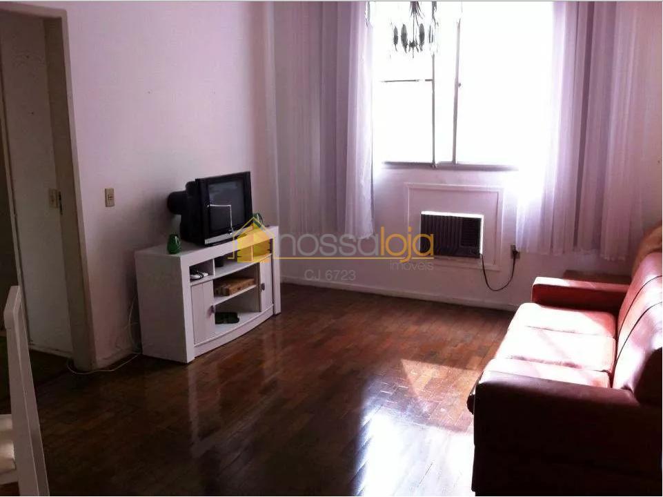 Segunda Quadra, Localização Privilegiada, Sala, Quarto, Banheiro Com Ventilação Natural, 1 Quarto, Cozinha, Área, Vaga Marcada.