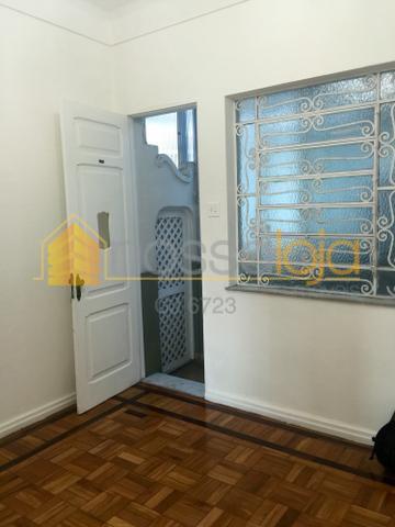 Icarai, Apartamento Vazio, Sem Taxa de Condomínio, Sala, 3 Qtos, Suite, Banho, Copa Cozinha, Área. 2 Lances.