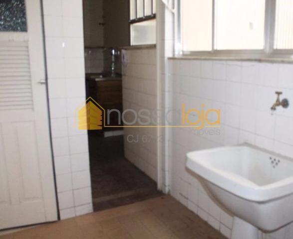 apartamento amplo em excelente localização, primeira quadra da praia de icaraí, indevassado, vazio, piso cerâmico em...