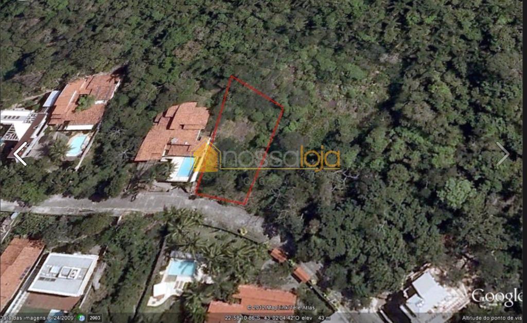 Itacoatiara, Terreno em Aclive com Vista Mar, com 804 m².