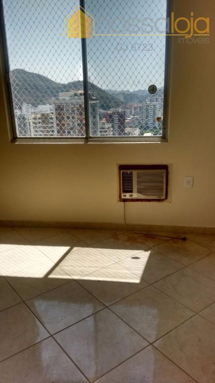 oportunidade de um excelente apartamento. muito bem localizado, composto por sala, 2 quartos, 1 suite, cozinha,...