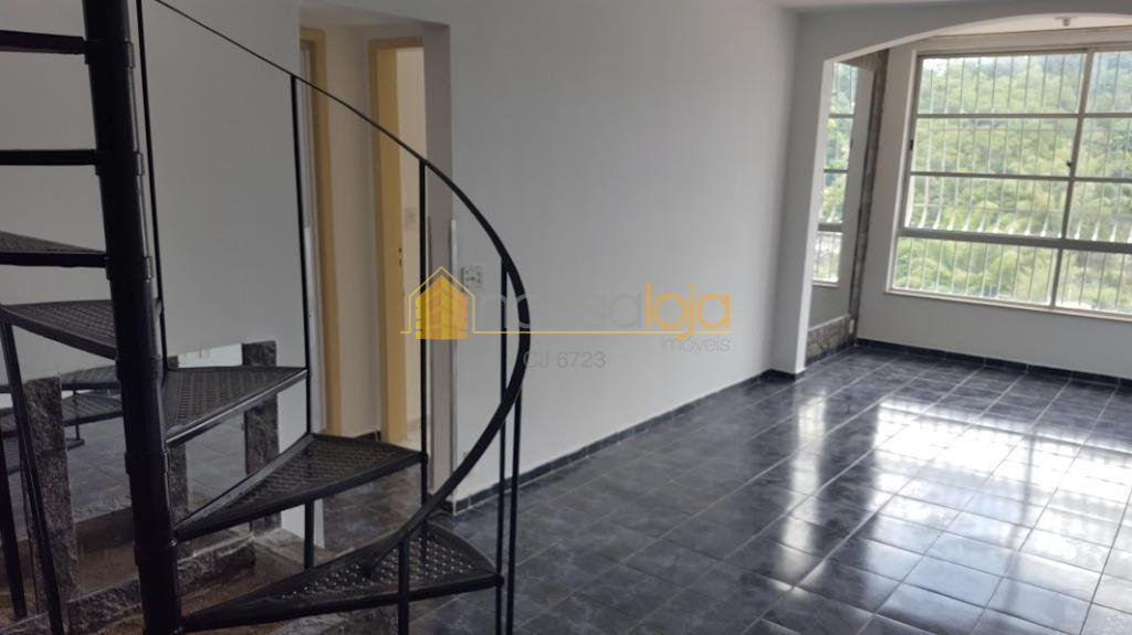 excelente cobertura com salão com varanda, 4 quartos sendo 3 suites 1 master com closet, cozinha...