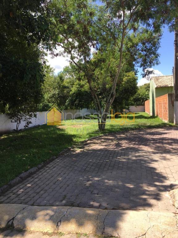 terreno plano, dentro de condomínio, em itaipuaçu. oportunidade de construir sua casa em local seguro e...