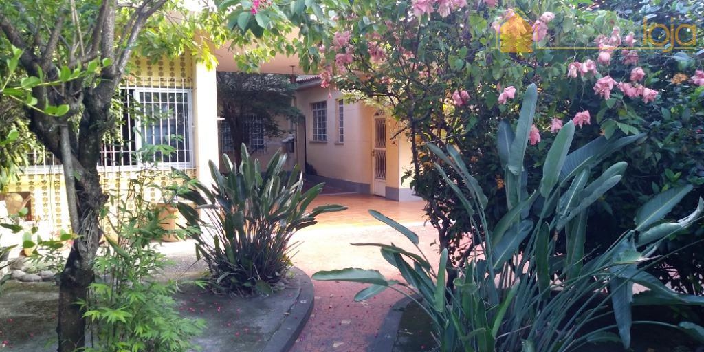 Casa com 4 dormitórios à venda - São Francisco