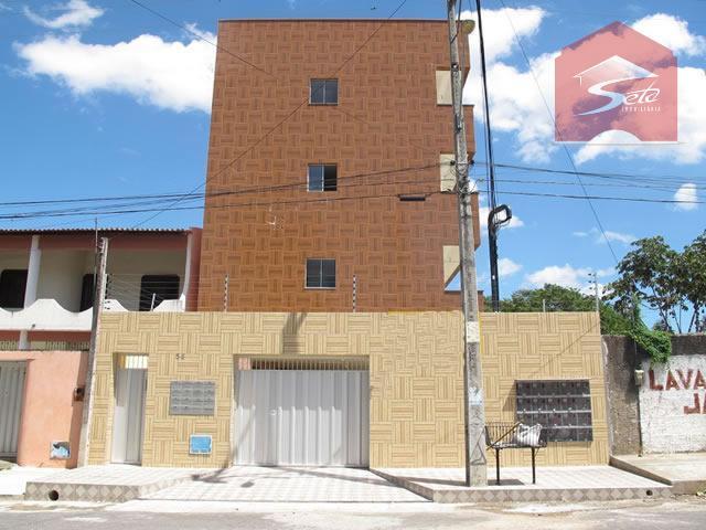 Apartamento  residencial para locação, Parangaba, Fortaleza.