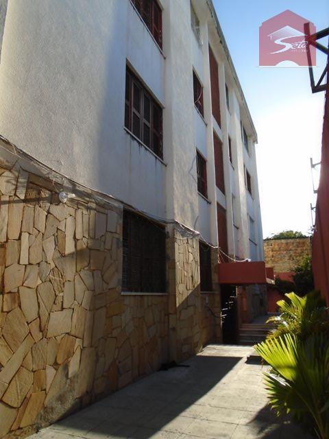 Apartamento de 2 dormitórios em Centro, Fortaleza - CE