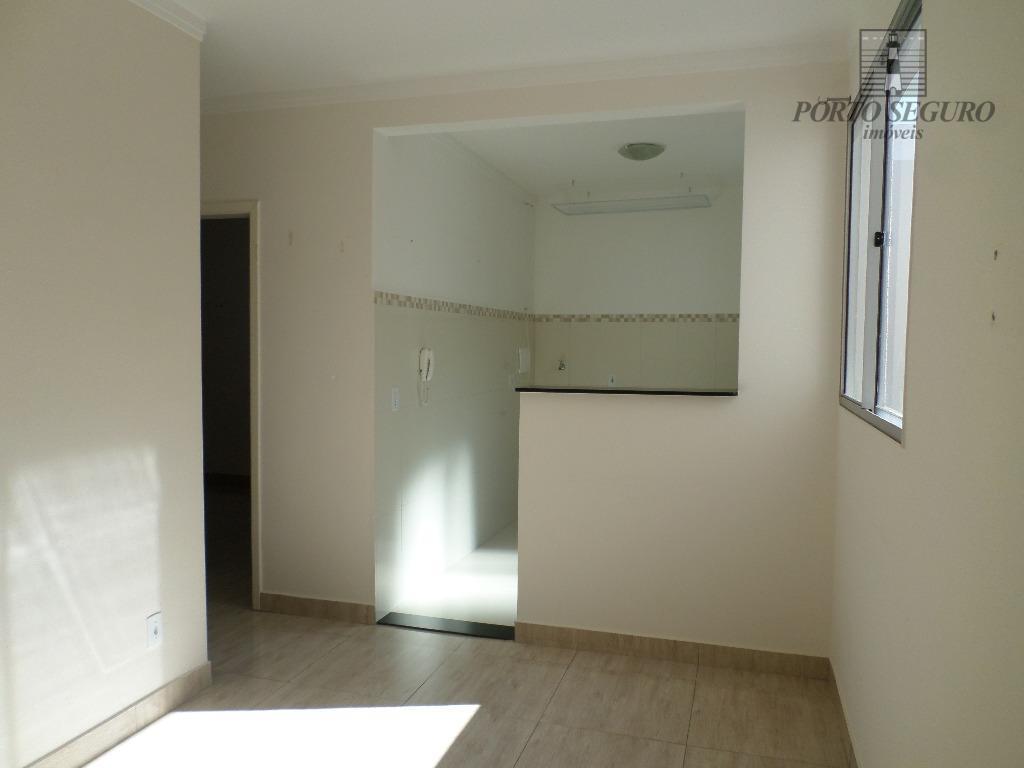 Apartamento residencial à venda, Loteamento Industrial Machadinho, Americana.