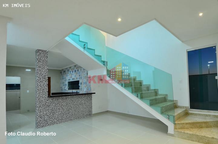 Vende-se linda casa duplex no Residencial Ninho