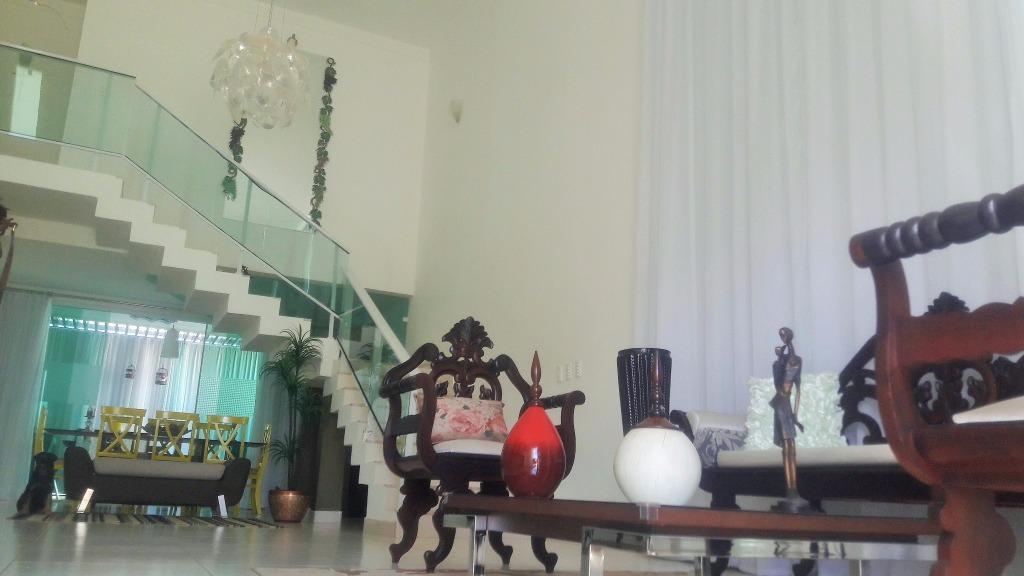 Vende-se ou aluga-se casa alto padrão no Alphaville Mossoró