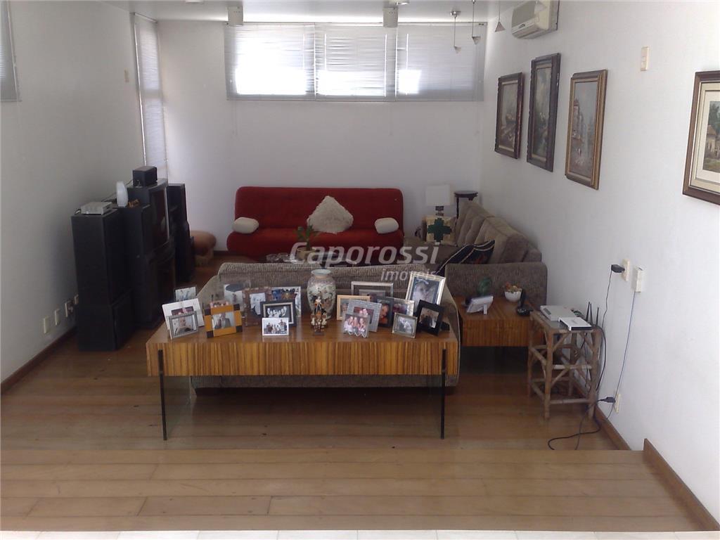vinhedo excelente oportunidade condomínio marambaia alto padrãofina residência em estilo moderno, com projeto arrojado e divulgado...
