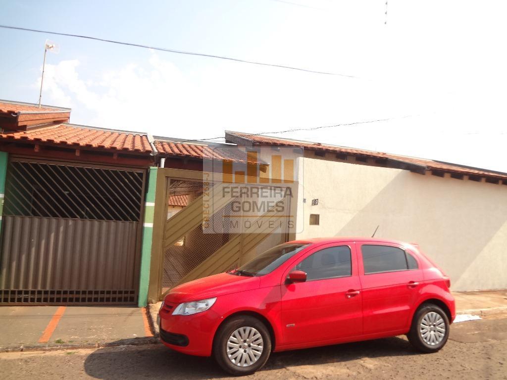 Casa à venda, Conjunto Recanto dos Rouxinóis, Campo Grande.