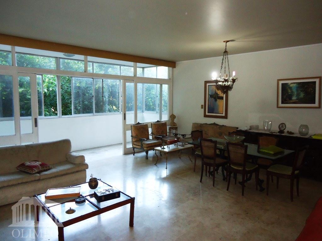 Apartamento residencial à venda, Campo Grande, Salvador - AP0093.