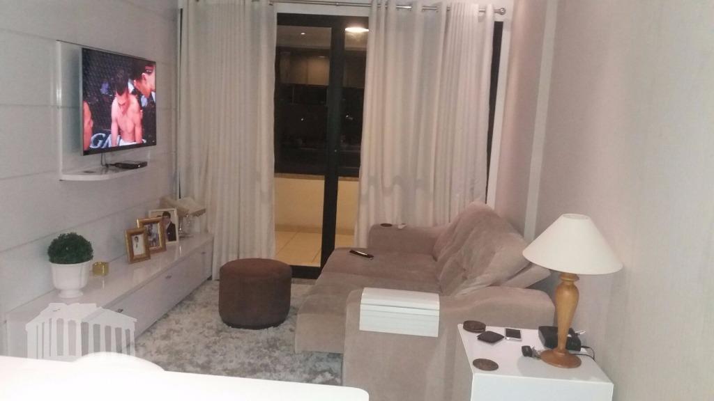 Apartamento à venda, Garibaldi, Salvador.