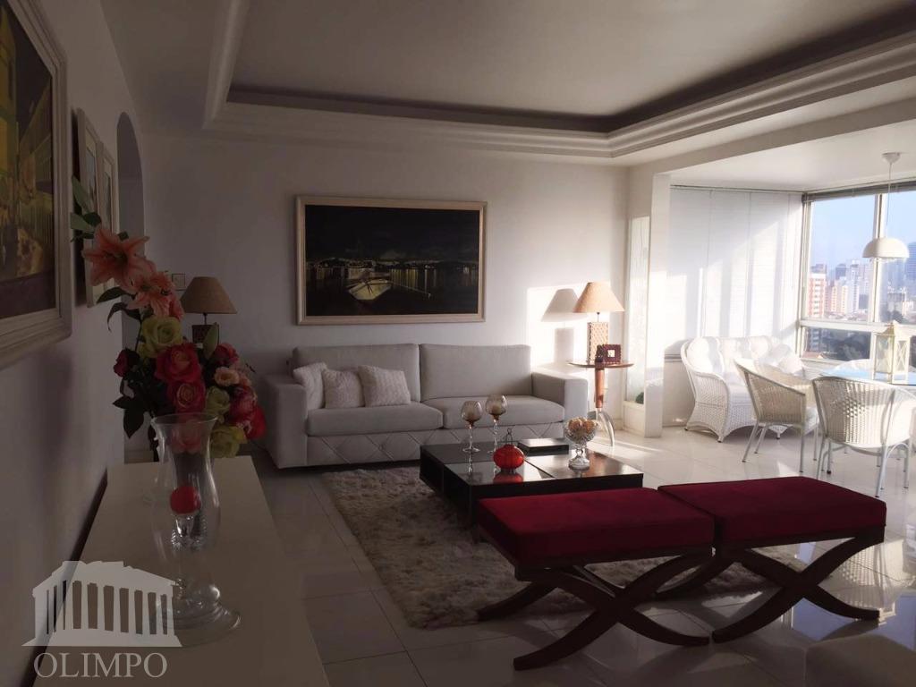 Apartamento à venda, Armação, Salvador.