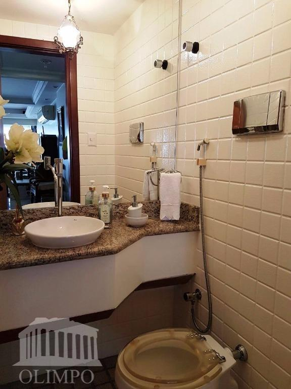 metragem:176 m²número de dormitórios:4número de suíte:2número de banheiros:3posição do sol:nascentenúmero de elevadores:2vaga de garagem:2estrutura de segurança:portaria...