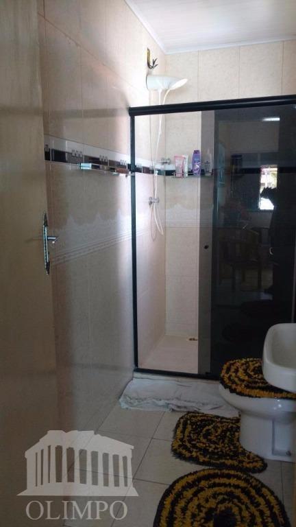 metragem:total: 174 m² / útil: 100 m²número de dormitórios:3número de suíte:1número de banheiros:2posição do sol:norte/sulvaga de...