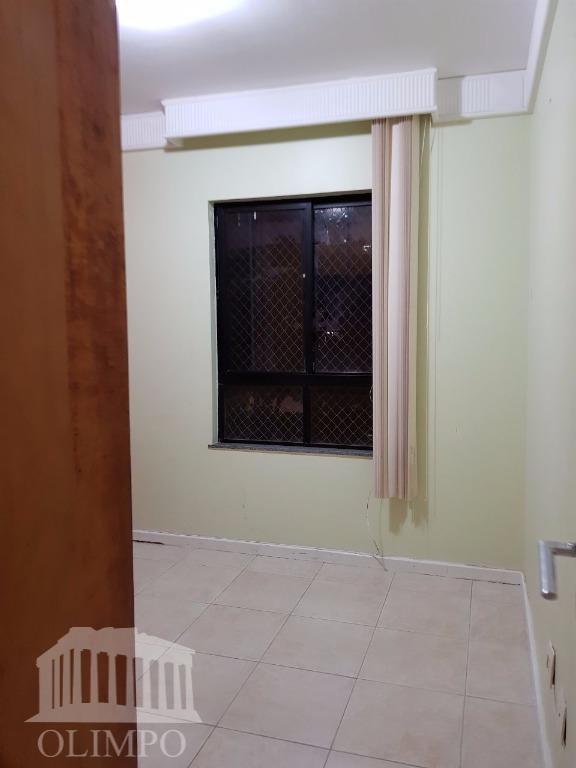 metragem:80 m²número de dormitórios:2número de suíte:1número de banheiros:3posição do sol:nascentenúmero de elevadores:2estrutura de segurança:portariaestrutura de lazer:piscina,...