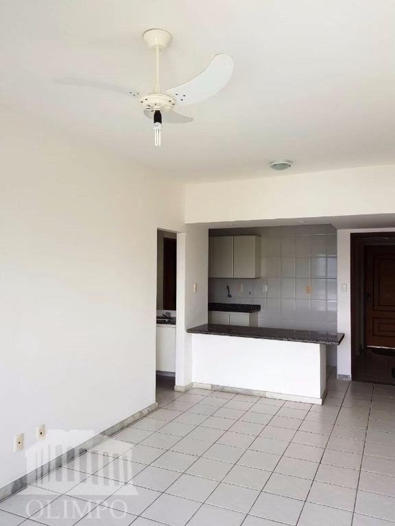 Apartamento para locação, Ondina, Salvador - AP0256.