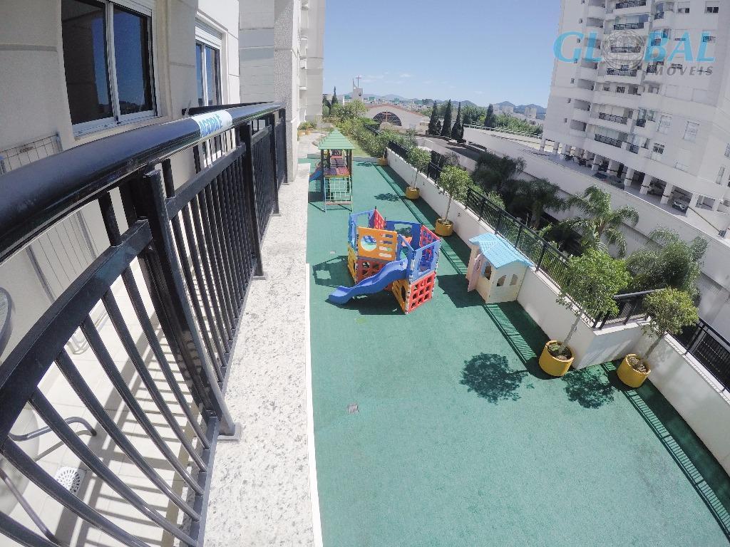 apartamento localizado em um dos melhores pontos de florianópolis, na avenida madre benvenuta, próximo ao shopping...