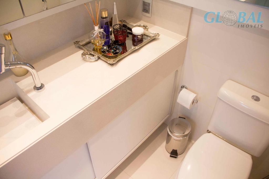 excelente cobertura a venda no jay luxury home design, em jurerê internacional florianópolis/sc.a cobertura conta com...