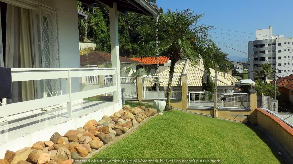 uma casa na vila nova em jaraguá do sul, na medida pra quem quer ótima localização,...