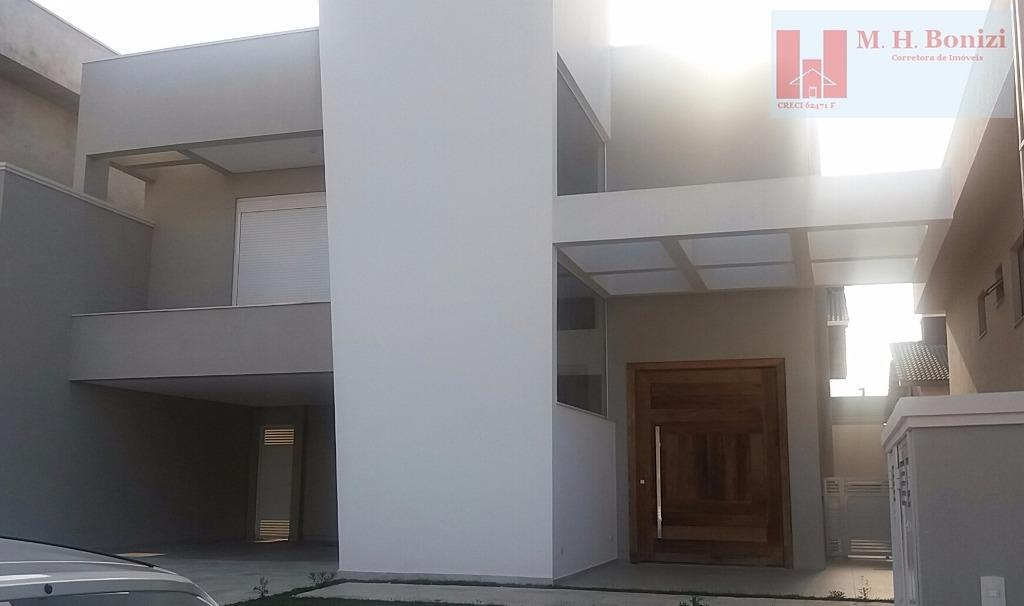 Casa nova e moderna à venda no Residencial Real Park, Arujá,SP.