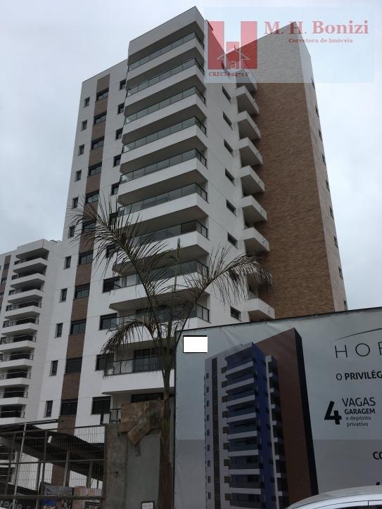 Apartamentos 3 suites à venda em Arujá.
