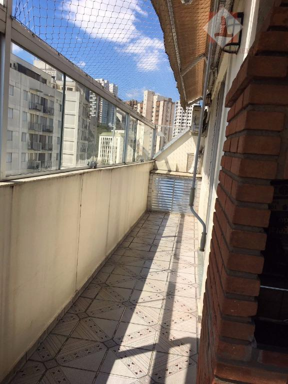 oportunidade imperdível ! linda cobertura,, confortável e acolhedora, totalmente modernizada em condomínio tradicional ao lado do...